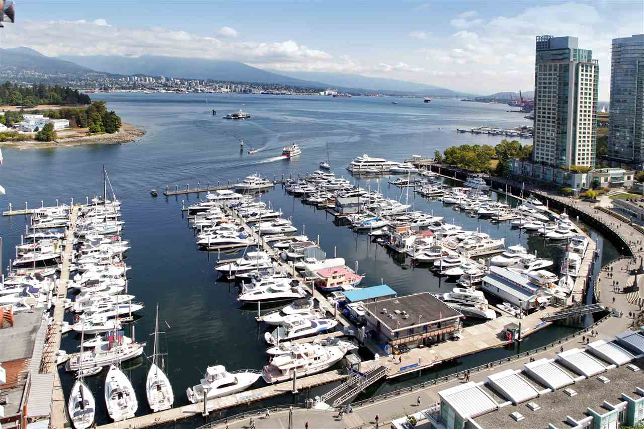 "Main Photo: 2102 535 NICOLA Street in Vancouver: Coal Harbour Condo for sale in ""BAUHINIA"" (Vancouver West)  : MLS® # R2197984"