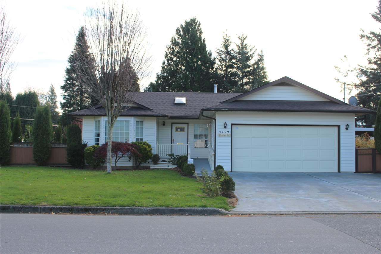 Main Photo: 9493 FLETCHER Street in Chilliwack: Chilliwack N Yale-Well House for sale : MLS®# R2221250