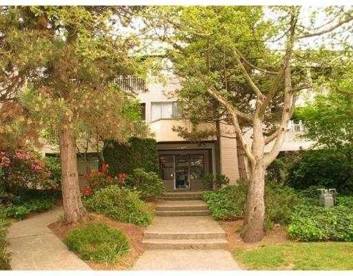 "Main Photo: 103 1209 HOWIE AV in Coquitlam: Central Coquitlam Condo for sale in ""CREEKSIDE MANOR"" : MLS(r) # V577234"