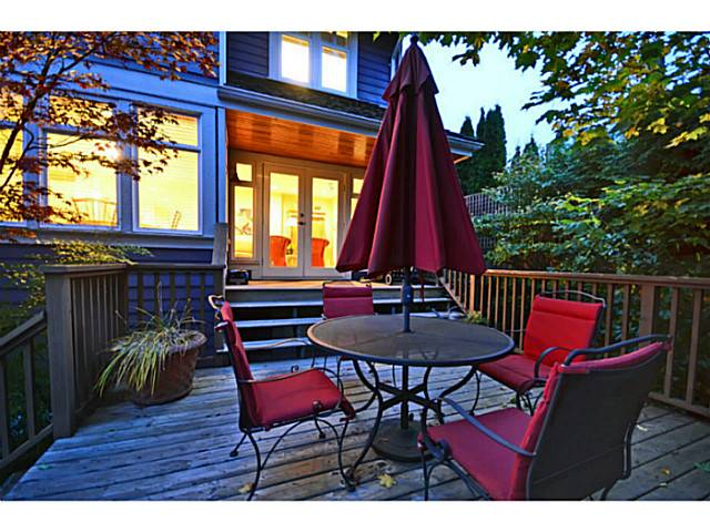 Photo 2: 2716 W 37TH Avenue in Vancouver: Kerrisdale House for sale (Vancouver West)  : MLS® # V1031547