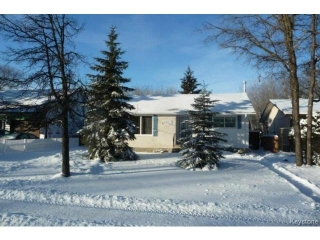 Main Photo: 350 Laxdal Road in WINNIPEG: Charleswood Residential for sale (South Winnipeg)  : MLS® # 1500255