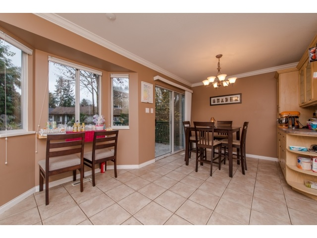 Photo 9: 5 2525 SHAFTSBURY Place in Port Coquitlam: Woodland Acres PQ Townhouse for sale : MLS® # R2013997