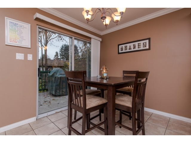 Photo 10: 5 2525 SHAFTSBURY Place in Port Coquitlam: Woodland Acres PQ Townhouse for sale : MLS® # R2013997