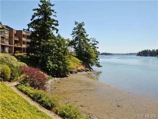Main Photo: 215 485 Island Highway in VICTORIA: VR Six Mile Condo Apartment for sale (View Royal)  : MLS®# 358320