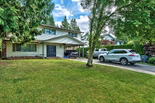Main Photo: 14478 18 Avenue in Surrey: Sunnyside Park Surrey House for sale (South Surrey White Rock)  : MLS(r) # R2080915