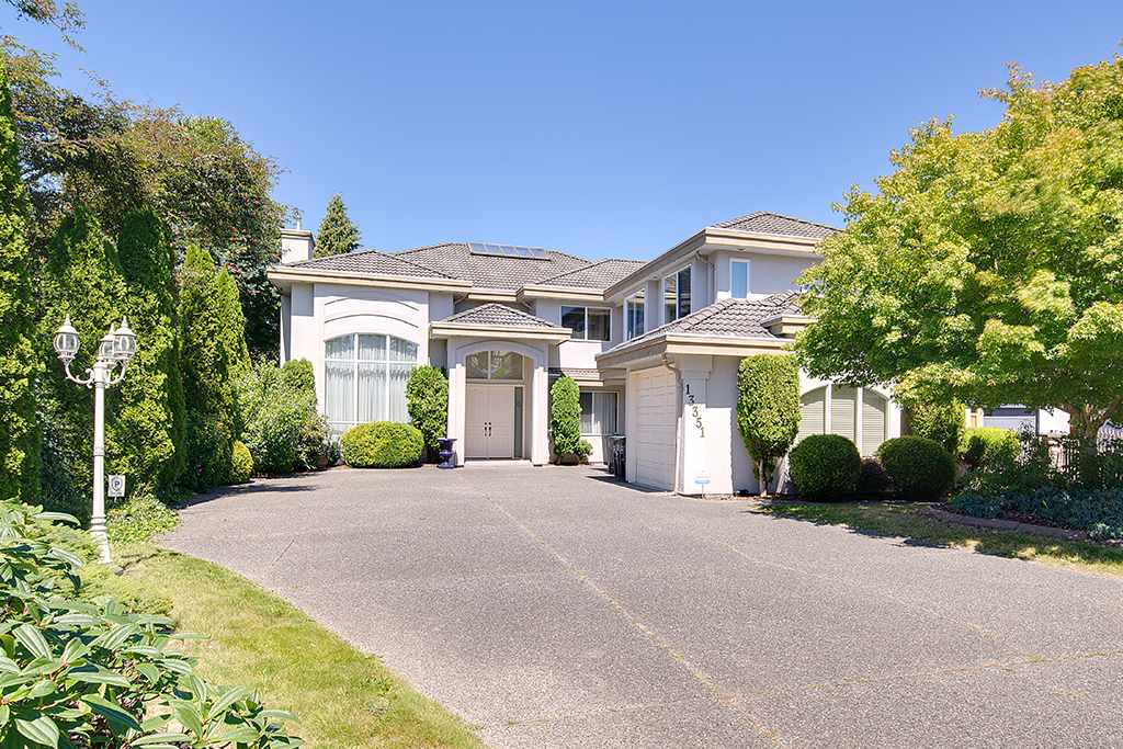 Main Photo: 13351 59 Avenue in Surrey: Panorama Ridge House for sale : MLS® # R2096542