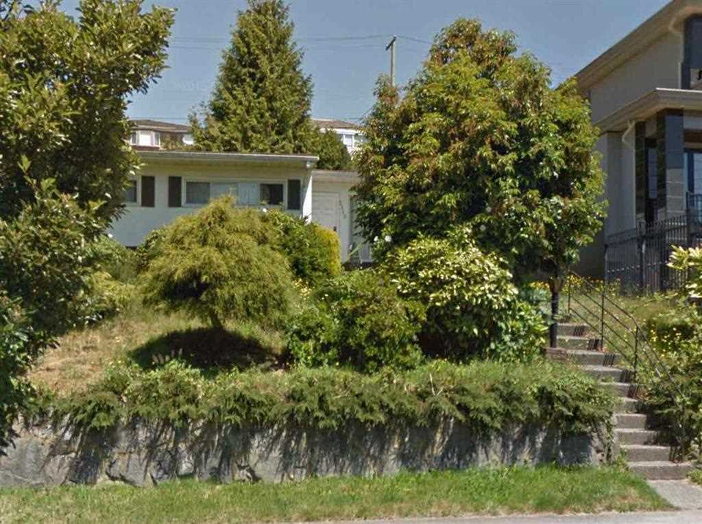 Main Photo: 2115 HARRISON Drive in Vancouver: Fraserview VE House for sale (Vancouver East)  : MLS® # R2116235