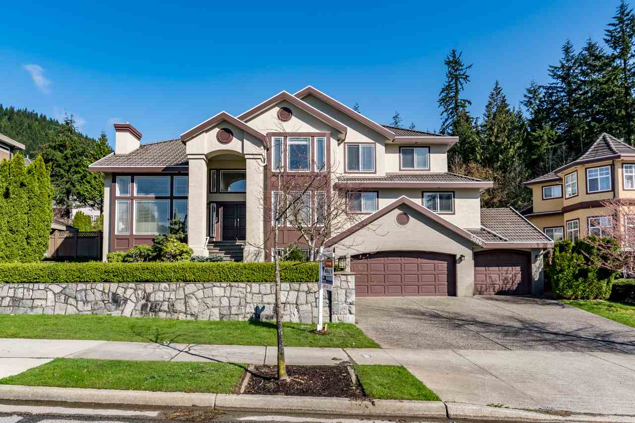 Main Photo: 3086 PLATEAU Boulevard in Coquitlam: Westwood Plateau House for sale : MLS® # R2155397