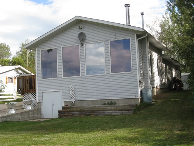 Main Photo: 1119 57324 Rge Rd 30: Rural Barrhead County House for sale : MLS(r) # E4065463