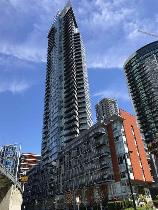 "Main Photo: 301 1372 SEYMOUR Street in Vancouver: Downtown VW Condo for sale in ""THE MARK"" (Vancouver West)  : MLS(r) # R2169275"