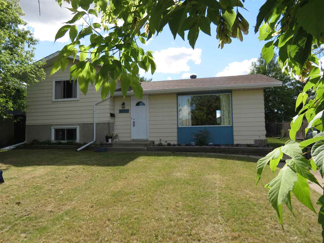 Main Photo: 9510 97 Street: Morinville House for sale : MLS(r) # E4067875