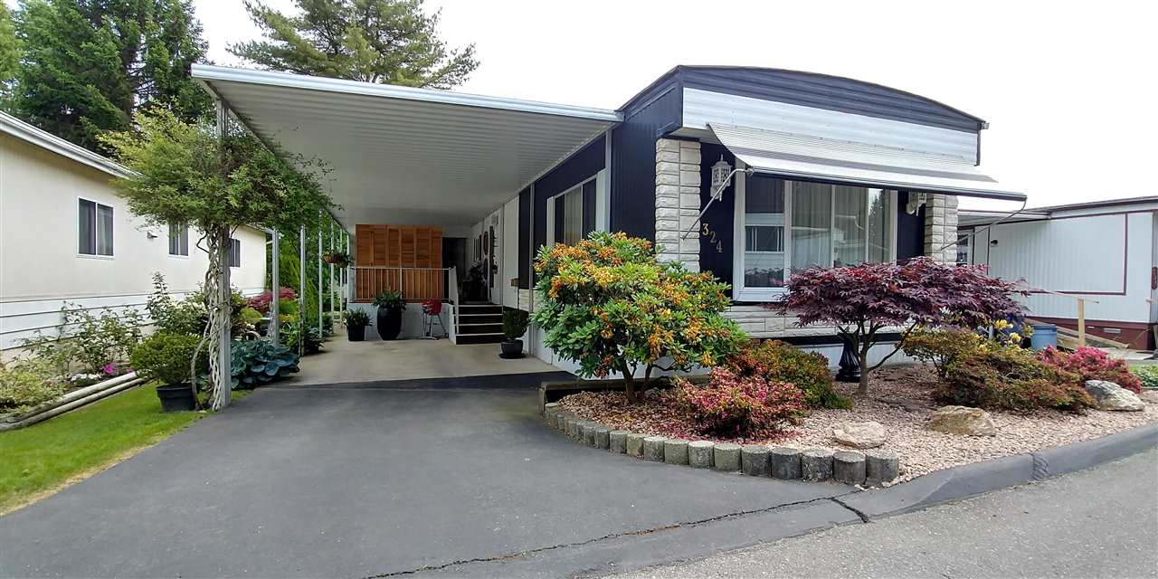 Main Photo: 324 1840 160 AVENUE in Surrey: King George Corridor Manufactured Home for sale (South Surrey White Rock)  : MLS(r) # R2175091