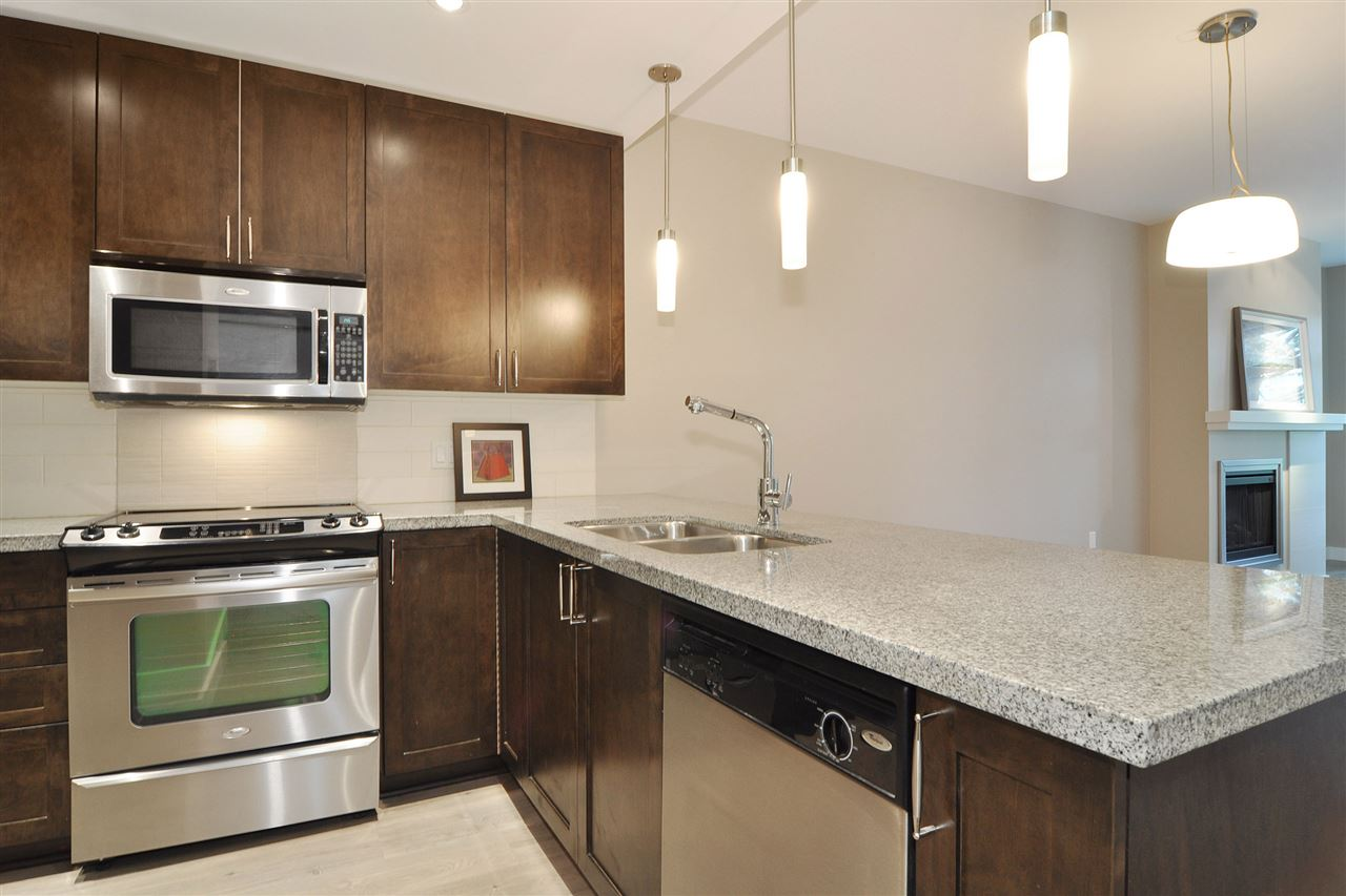 Photo 2: 213 2368 MARPOLE Avenue in Port Coquitlam: Central Pt Coquitlam Condo for sale : MLS® # R2179185