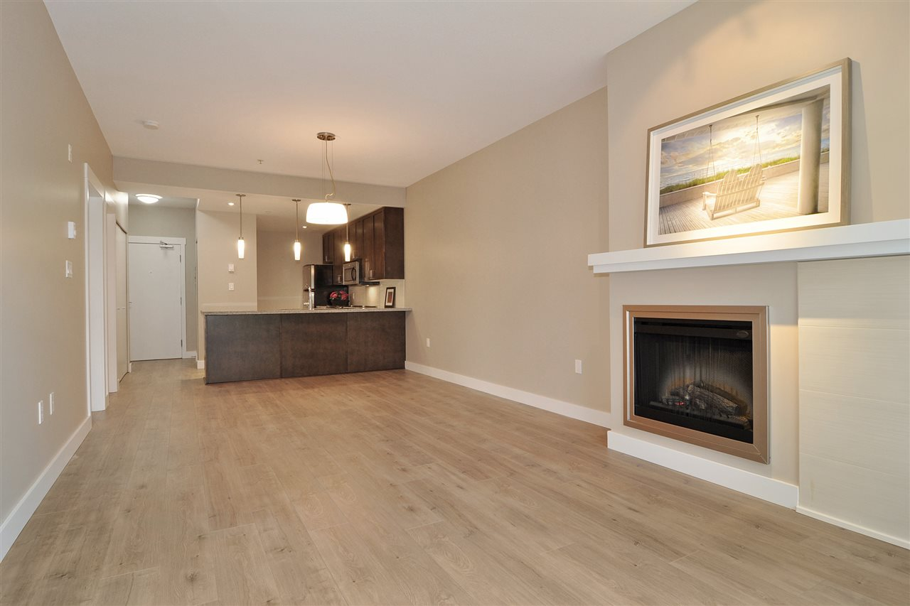 Photo 4: 213 2368 MARPOLE Avenue in Port Coquitlam: Central Pt Coquitlam Condo for sale : MLS(r) # R2179185