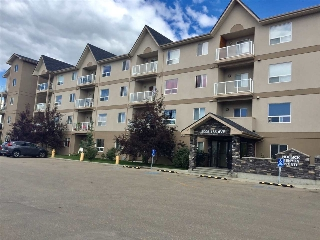 Main Photo:  in Edmonton: Zone 03 Condo for sale : MLS® # E4078016