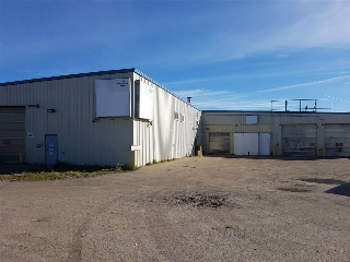Main Photo: 7324 Yellowhead Trail: Edmonton Industrial for lease : MLS® # E4083467