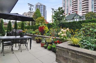 Main Photo: 103 436 SEVENTH STREET in New Westminster: Uptown NW Condo for sale : MLS®# R2212227
