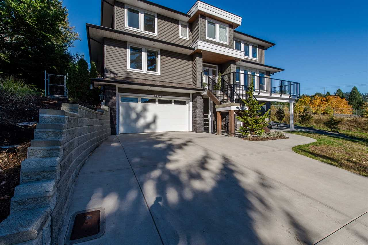 Main Photo: 34375 FRASER Street in Abbotsford: Central Abbotsford House for sale : MLS®# R2217346
