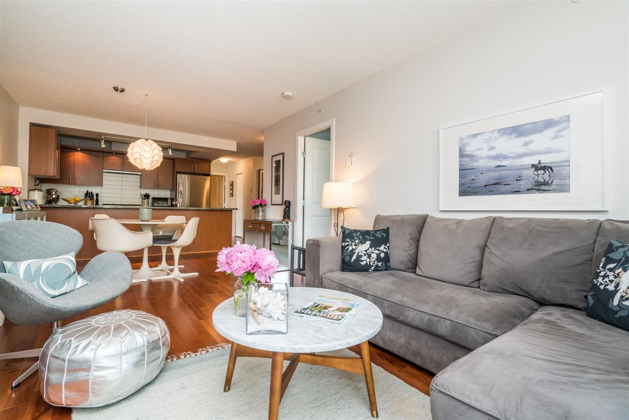 FEATURED LISTING: 306 - 1650 7TH Avenue West Vancouver