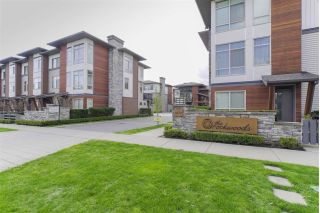 "Main Photo: 31 8473 163 Street in Surrey: Fleetwood Tynehead Townhouse for sale in ""Rockwoods"" : MLS®# R2274318"