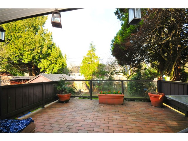 Photo 8: 4273 W 10TH Avenue in Vancouver: Point Grey House  (Vancouver West)  : MLS(r) # V869519