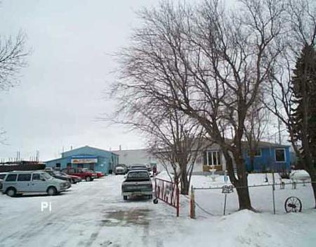 Main Photo: 2244 Springfield Rd.: Industrial / Commercial / Investment for sale (North Kildonan)  : MLS® # 2518971