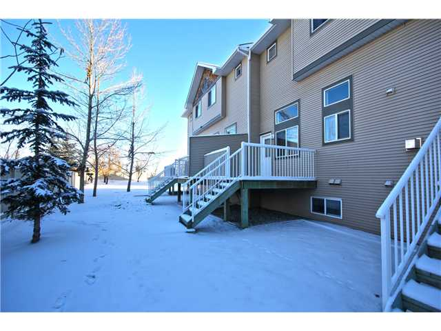 Photo 13: 58 CRYSTAL SHORES Cove: Okotoks Townhouse for sale : MLS(r) # C3643432