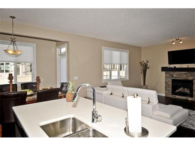 Photo 14: 200 EVANSFIELD Way NW in Calgary: Evanston House for sale : MLS® # C4016200
