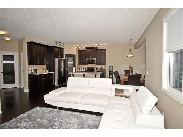 Photo 10: 200 EVANSFIELD Way NW in Calgary: Evanston House for sale : MLS® # C4016200