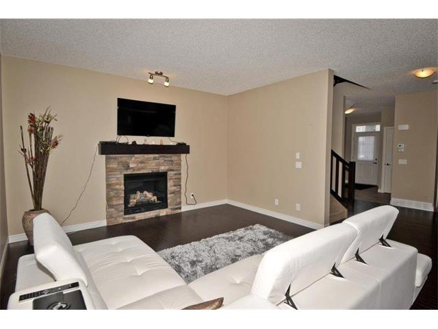 Photo 7: 200 EVANSFIELD Way NW in Calgary: Evanston House for sale : MLS® # C4016200