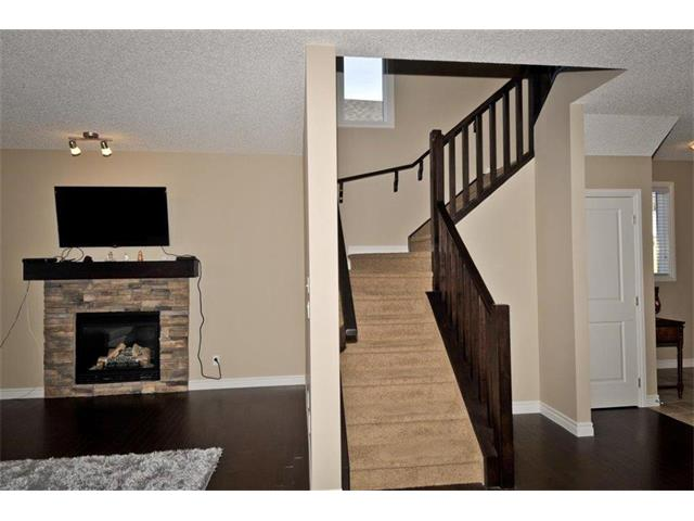 Photo 6: 200 EVANSFIELD Way NW in Calgary: Evanston House for sale : MLS® # C4016200