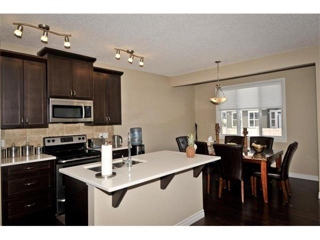 Photo 11: 200 EVANSFIELD Way NW in Calgary: Evanston House for sale : MLS® # C4016200