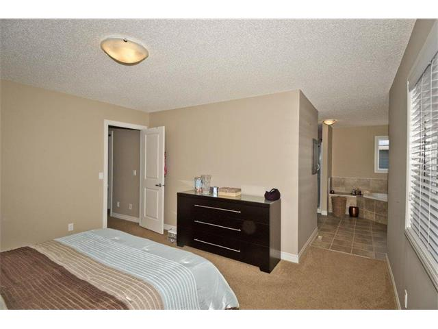 Photo 19: 200 EVANSFIELD Way NW in Calgary: Evanston House for sale : MLS® # C4016200