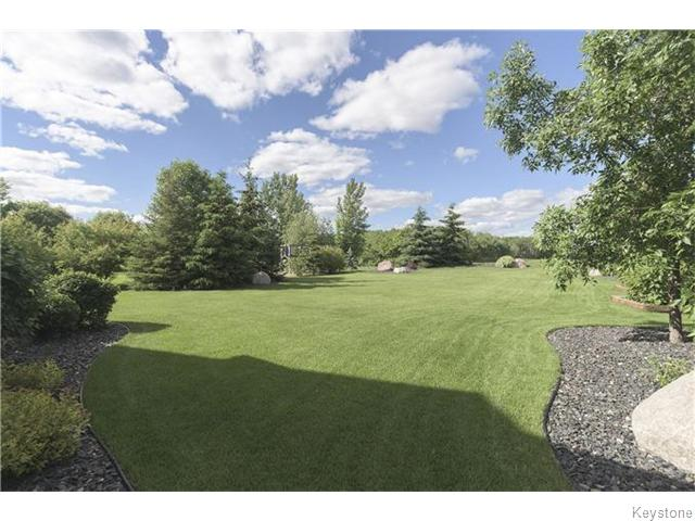 Photo 20: 159 EAGLE CREEK Drive in ESTPAUL: Birdshill Area Residential for sale (North East Winnipeg)  : MLS(r) # 1523029