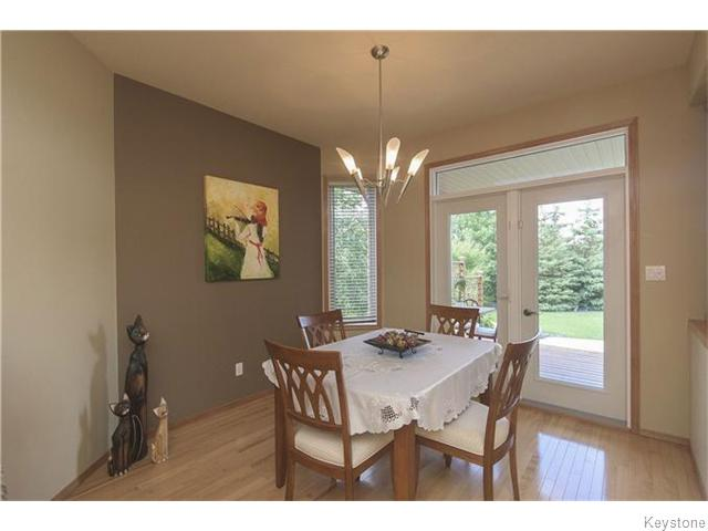 Photo 12: 159 EAGLE CREEK Drive in ESTPAUL: Birdshill Area Residential for sale (North East Winnipeg)  : MLS(r) # 1523029