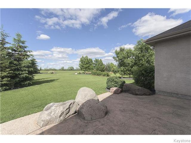 Photo 19: 159 EAGLE CREEK Drive in ESTPAUL: Birdshill Area Residential for sale (North East Winnipeg)  : MLS(r) # 1523029