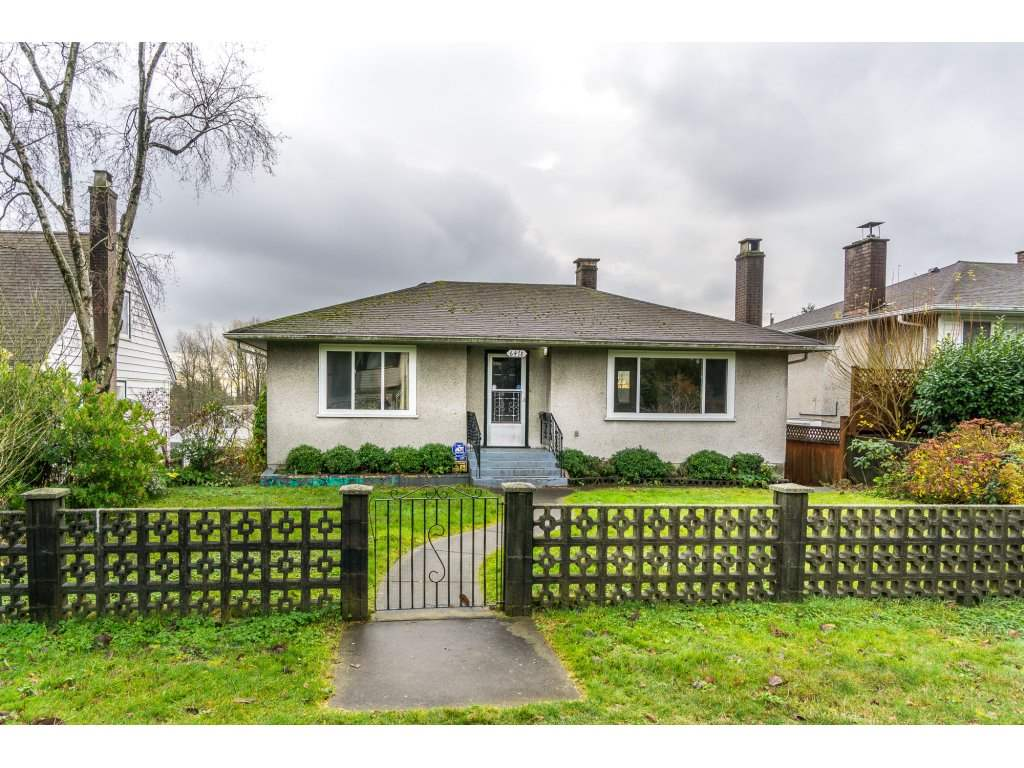 Main Photo: 6478 CLINTON Street in Burnaby: South Slope House for sale (Burnaby South)  : MLS® # R2125694