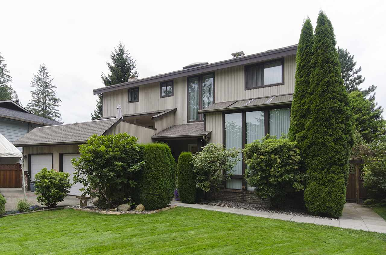 Main Photo: 1940 WESTOVER Road in North Vancouver: Lynn Valley House for sale : MLS(r) # R2134110
