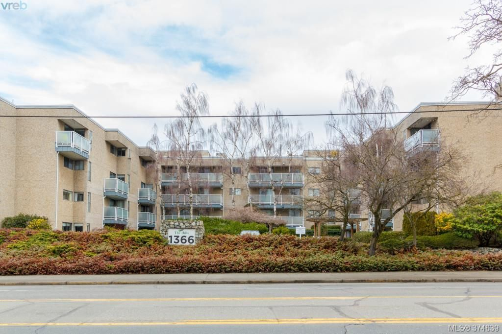 FEATURED LISTING: 206 - 1366 Hillside Ave VICTORIA