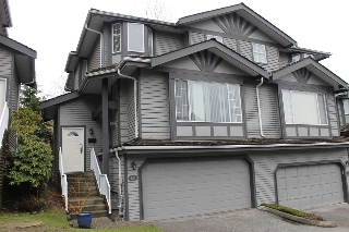 "Main Photo: 131 1685 PINETREE Way in Coquitlam: Westwood Plateau Townhouse for sale in ""THE WILTSHIRE"" : MLS(r) # R2147897"