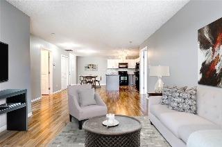 Main Photo:  in Edmonton: Zone 27 Condo for sale : MLS(r) # E4059922