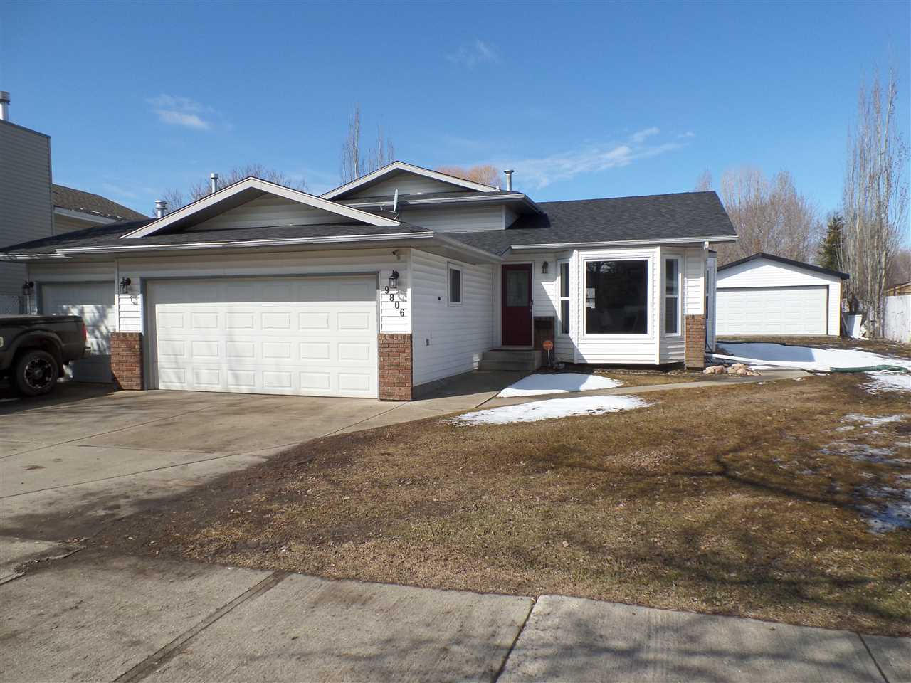 Main Photo: 9806 82 Street: Fort Saskatchewan House for sale : MLS(r) # E4059991
