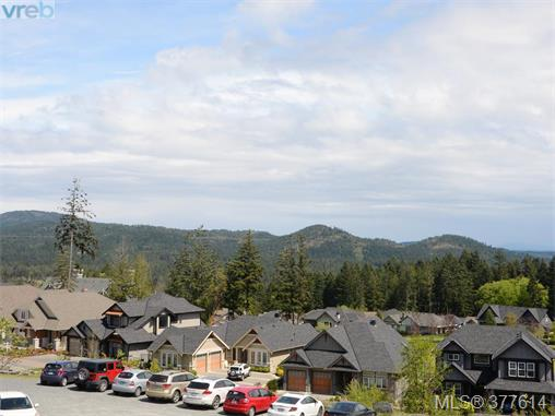 Photo 15: 201 1325 Bear Mountain Parkway in VICTORIA: La Bear Mountain Condo Apartment for sale (Langford)  : MLS(r) # 377614