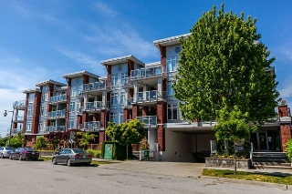"Main Photo: 310 4111 BAYVIEW Street in Richmond: Steveston South Condo for sale in ""THE VILLAGE"" : MLS® # R2172114"