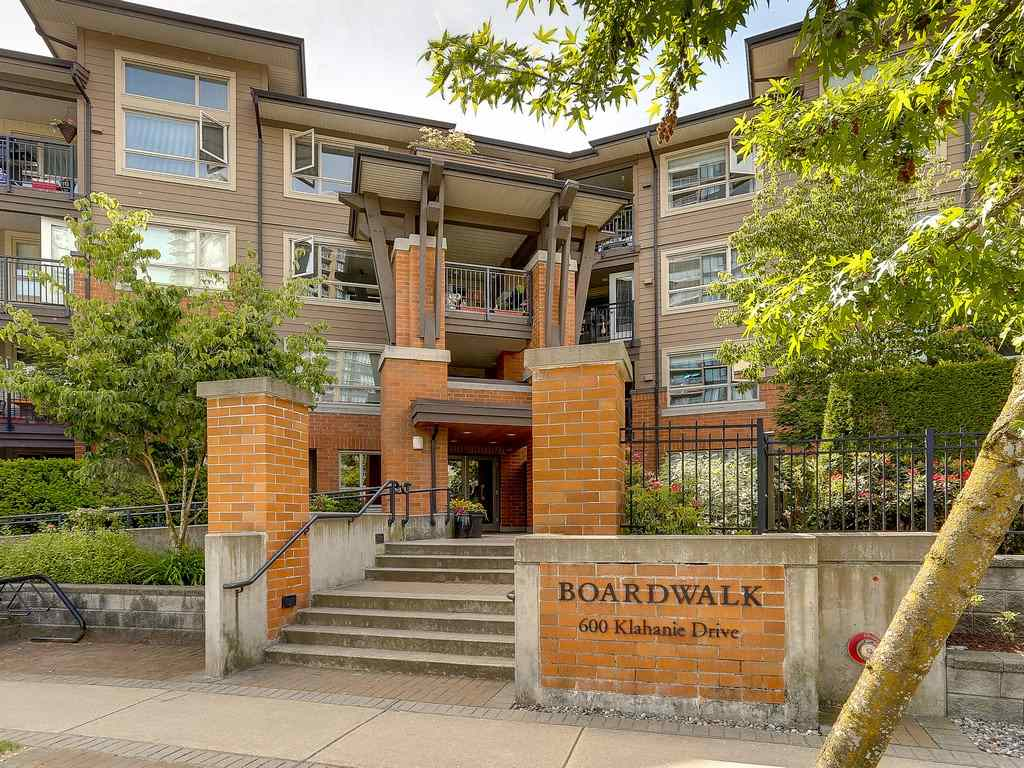 "Photo 1: 304 600 KLAHANIE Drive in Port Moody: Port Moody Centre Condo for sale in ""KLAHNIE'S BOARDWALK"" : MLS(r) # R2174889"