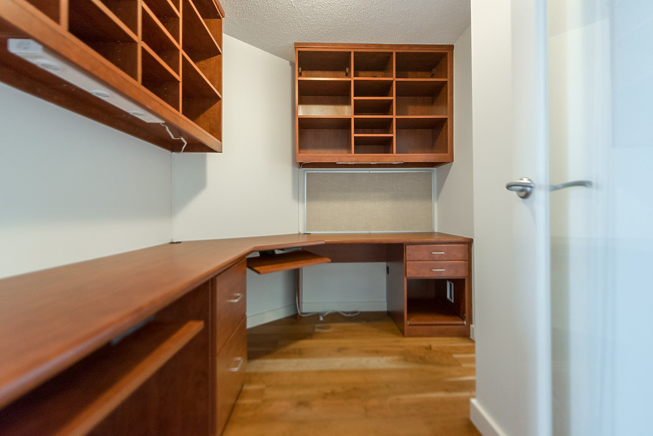 "Photo 14: 2302 583 BEACH Crescent in Vancouver: Yaletown Condo for sale in ""Park West 2 Yaletown"" (Vancouver West)  : MLS(r) # R2179212"