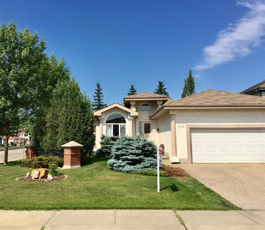 Main Photo: 104 Cairns Bay NW in Edmonton: Zone 27 House for sale : MLS® # E4072630