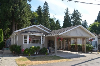 "Main Photo: 129 9080 198 Street in Langley: Walnut Grove Manufactured Home for sale in ""Forest Green Estates"" : MLS(r) # R2187583"