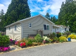 "Main Photo: 114 4510 SUNSHINE COAST Highway in Sechelt: Sechelt District Manufactured Home for sale in ""BIG MAPLES"" (Sunshine Coast)  : MLS®# R2190294"
