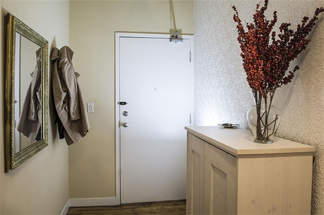 Photo 13: 90 Sherbourne St Unit #201 in Toronto: Moss Park Condo for sale (Toronto C08)  : MLS® # C3871090